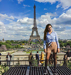 Sheena D Eiffel Tower