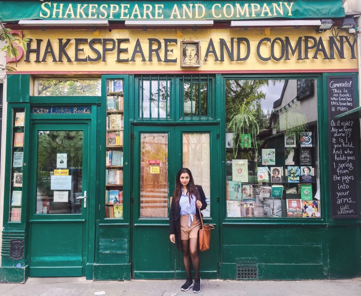 Paris Holidays Shakespeare and Company