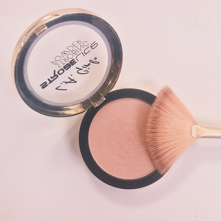 Makeup Product Review: LA Girl Cosmetics Strobe Lite Strobing Powder